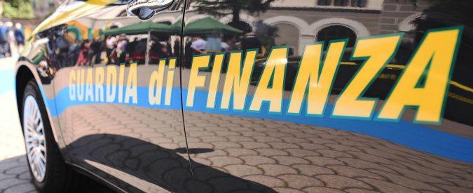 Palermo, assunti dai parenti per ottenere i rimborsi in Comune: sequestrati 200mila euro a due consiglieri