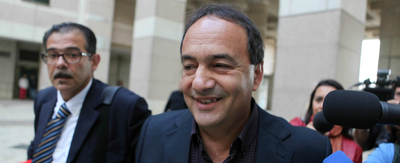 Riace, il sindaco Mimmo Lucano rinviato a giudizio insieme ad altre 25 persone