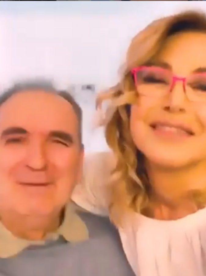"""Lamberto Sposini """"conteso"""" tra Barbara D'Urso e Mara Venier: un post su Instagram scatena la polemica"""