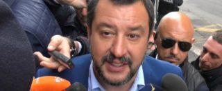 """Roma, Salvini: """"Raggi non più adeguata, lasci"""". Raggi: """"Indagati in Lega e Pd e parlano di me"""". Dem protestano in Aula"""