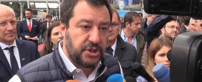 """Roma, Matteo Salvini: """"Non ci vuole uno scienziato per portare via l'immondizia"""" Raggi: """"Noi lavoriamo, ho spalle larghe"""""""