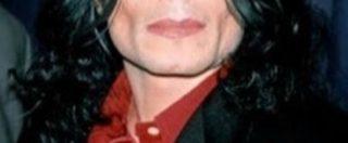 """Michael Jackson, """"le sue ceneri sono custodite nei gioielli indossati dai tre figli"""""""