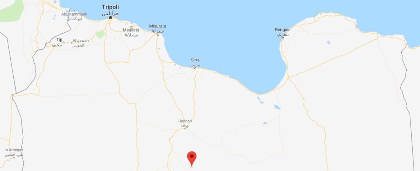 Libia, bombe su aeroporto internazionale Attacco a villaggio nel sud: 'Isis rivendica' L'Onu rinvia la conferenza di Ghadames