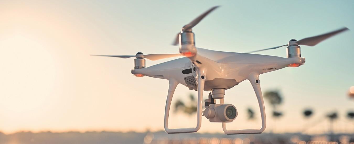 Monitorare in tempo reale le strutture degli edifici quando c'è un'emergenza, grazie a sensori, droni e satelliti