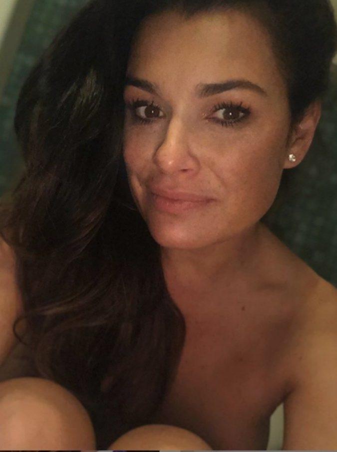 """Alena Seredova, la frecciata su Instagram: """"D'Amico, ti puoi fidare"""". E Signorini si complimenta"""