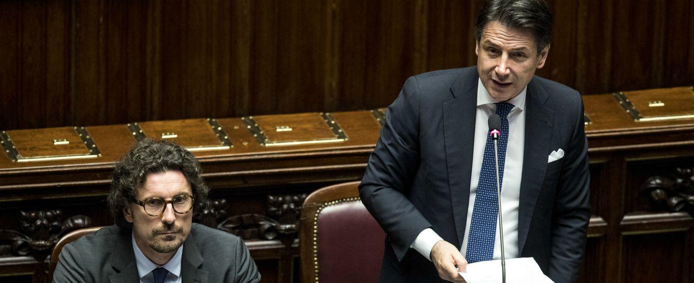 """Libia, incontro riservato tra Conte ed emissari a Roma. Lui alla Camera: """"Sono in contatto con Serraj e Haftar"""""""
