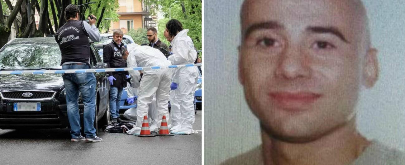 Milano, agguato in centro. Due uomini in scooter affiancano un'auto e sparano a un 46enne: è ferito gravemente