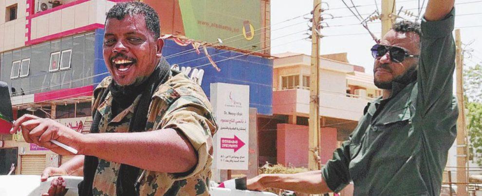 Cambio di regime Khartoum nel caos non lascia la piazza