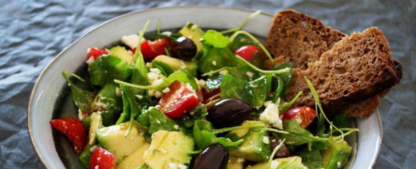 Pranzo sano e leggero? Un'insalatona non è la soluzione