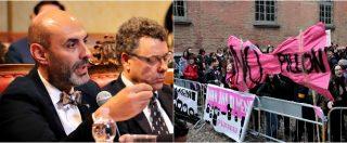 """Pavia, Pillon ospite di un convegno all'Università. Proteste fuori da aula magna: """"Suo ddl è lupo travestito da agnello"""""""