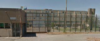 """Carcere di Viterbo, le lettere dei detenuti: """"Un mondo infernale"""", """"Cicatrici in testa per le botte"""". Tre suicidi solo nel 2018"""