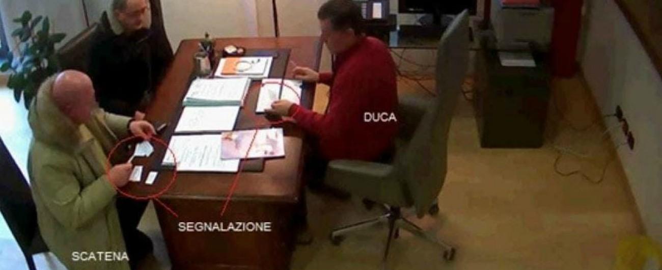 Inchiesta Sanità in Umbria, così venivano anticipate le domande e le risposte per favorire i raccomandati dai politici