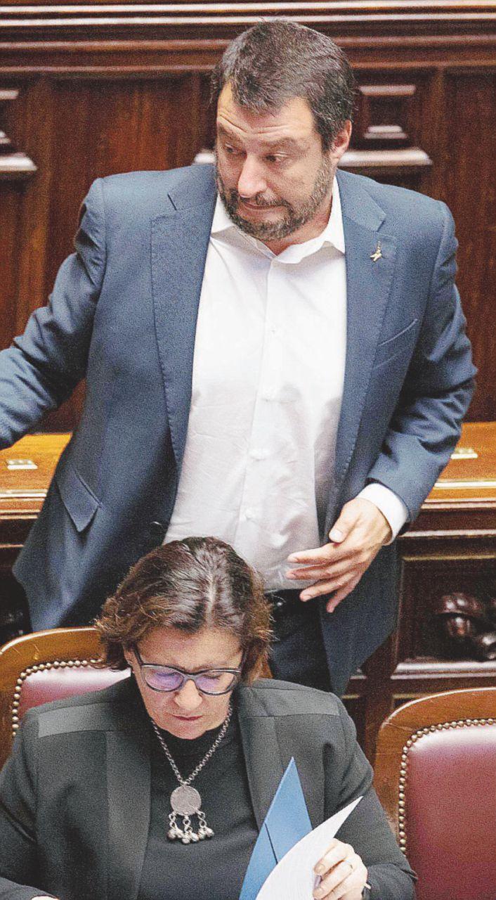 In Edicola sul Fatto del 18 Aprile: Salvini fa infuriare l'Esercito sulla Libia