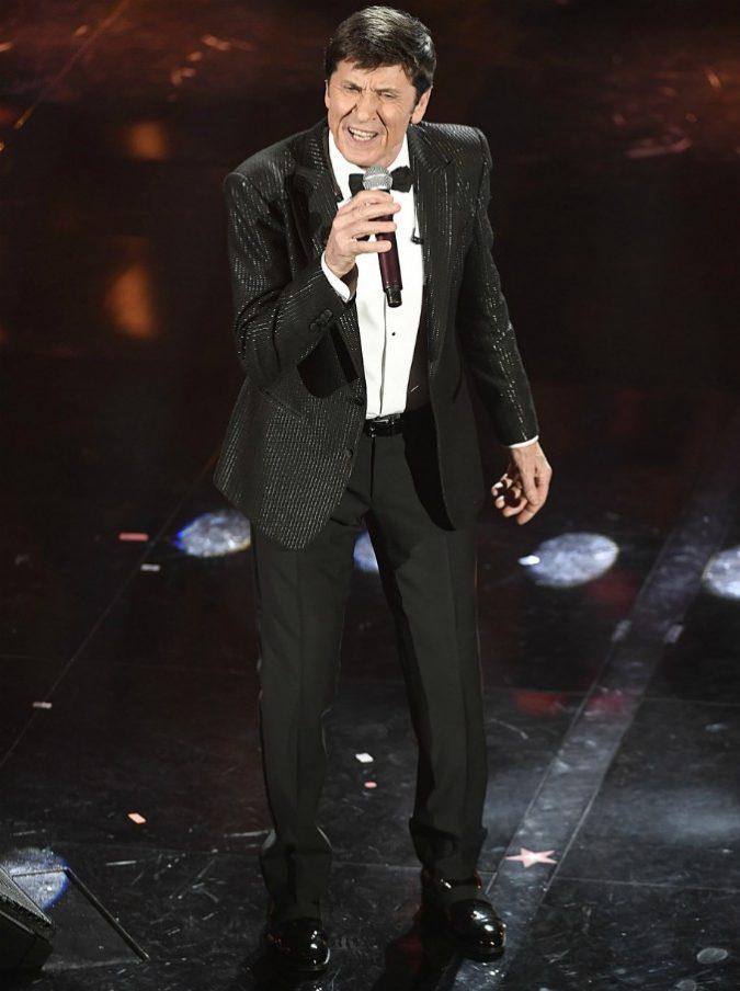 """Gianni Morandi: """"Modugno, Battisti, Dalla e De André hanno fatto la storia della musica italiana. Io no e un po' mi dispiace"""""""