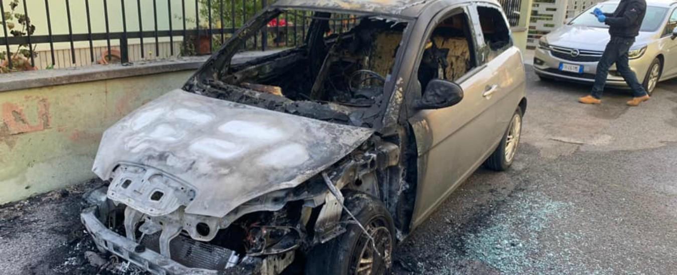 """Oristano, bruciata l'automobile di una giornalista dell'Unione Sarda. Il Cdr: """"Tentativo di intimidazione e ritorsione"""""""