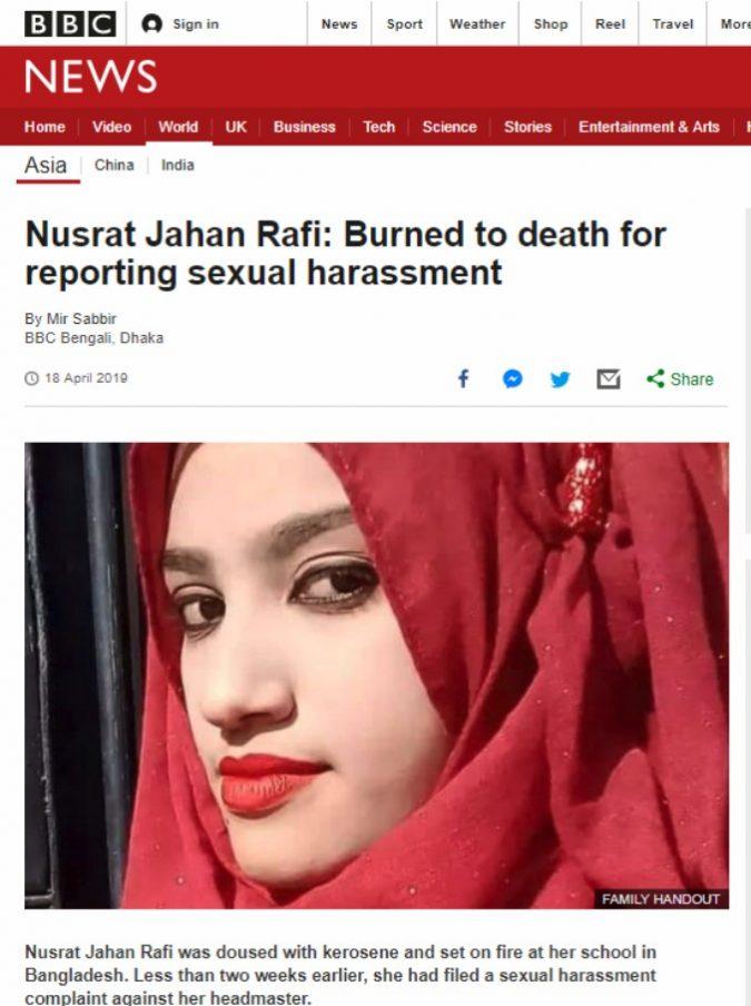 Studentessa denuncia gli abusi sessuali del preside: i compagni la bruciano viva