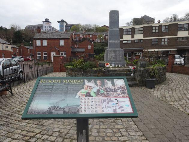 Irlanda del Nord, tra 'murals' e il cancello di Falls road: