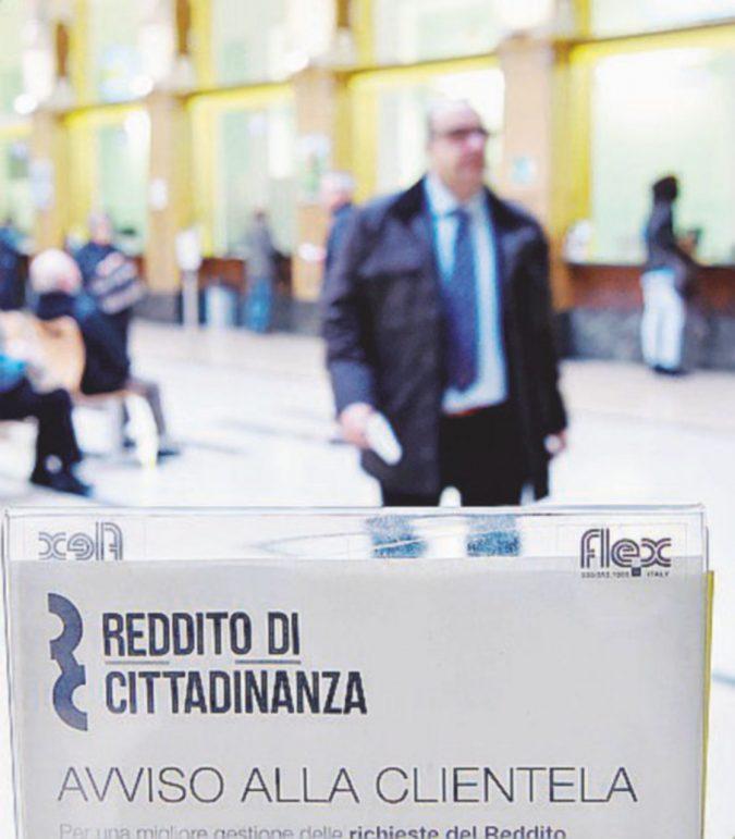 Reddito di cittadinanza, 40-50 euro per il 7% dei beneficiari. Sul 70% delle card oltre 300 euro