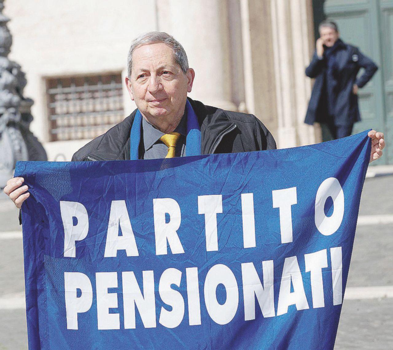 """""""Viva i pensionati!"""" La famiglia Fatuzzo ora punta l'Europa"""