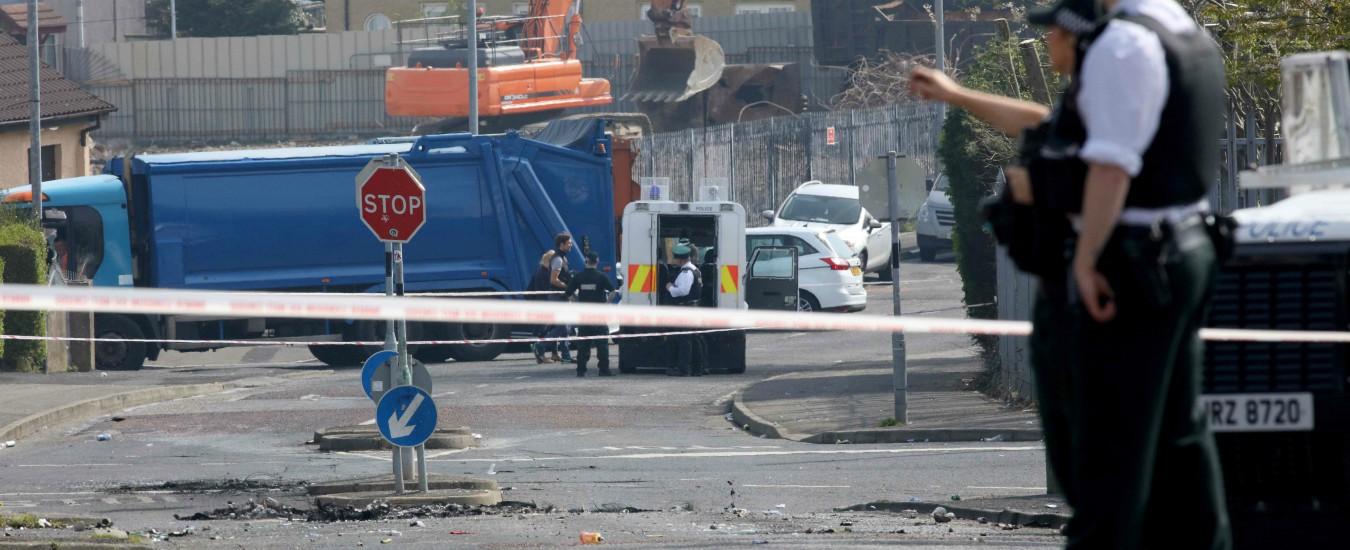 Irlanda del Nord, New Ira ha ammesso le proprie responsabilità nell'omicidio della giornalista McKee. Arrestata una 57enne