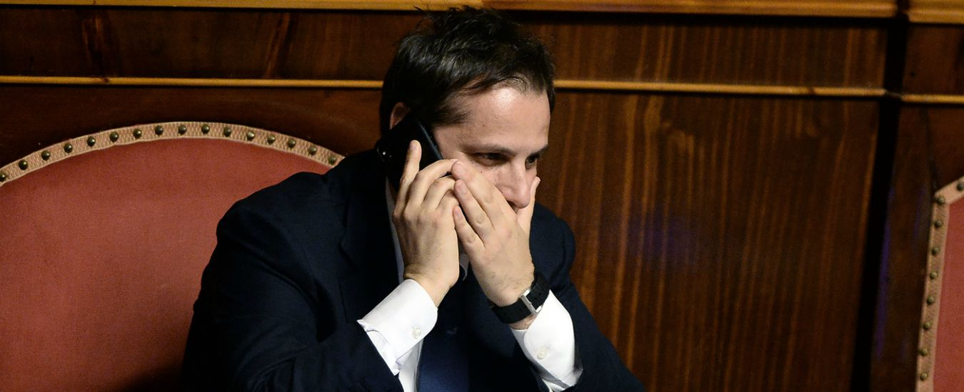 """Siri, La Verità: """"Pm di Roma smentisce. L'intercettazione sui 30mila euro al sottosegretario? Falsa, non esiste"""""""