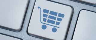 Vendite di PC in Italia: i consumatori non spendono, le aziende sì