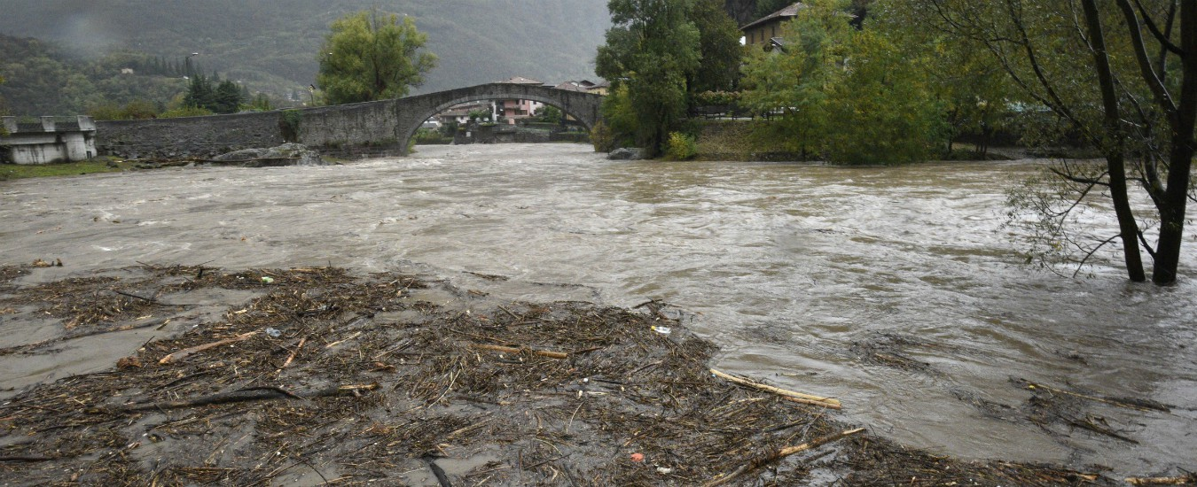 Pisa, ritrovato il cadavere della donna dispersa: la sua auto era stata travolta dal torrente in piena