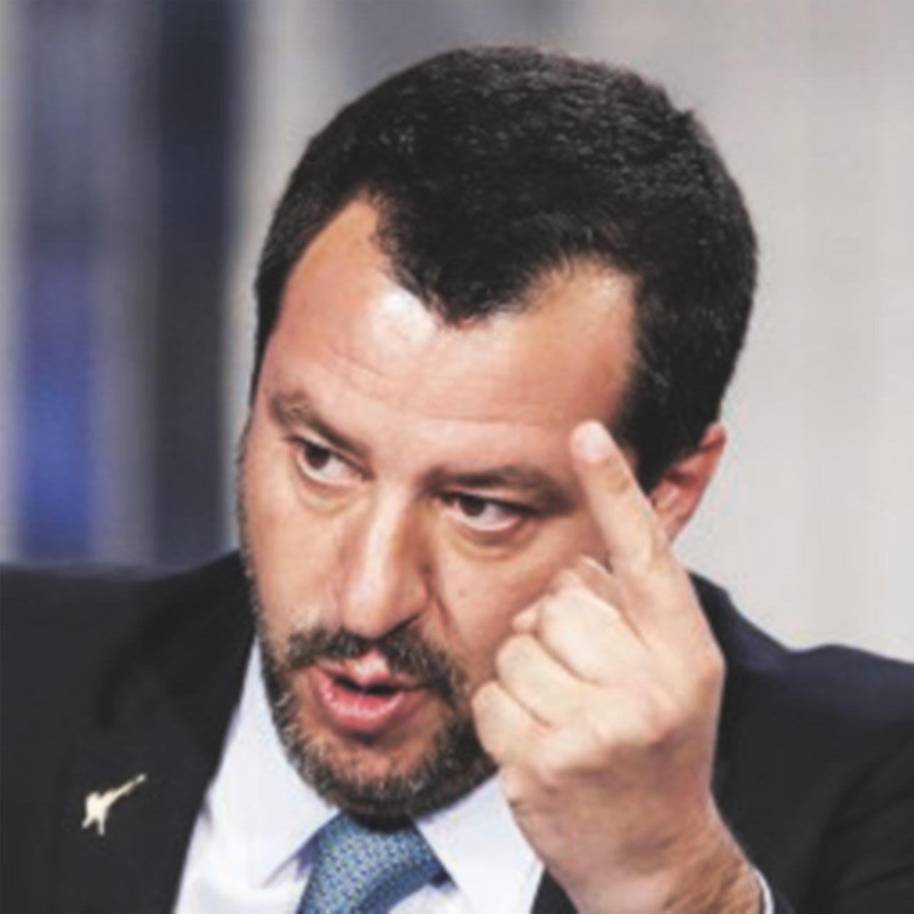 """""""I debiti restano alla sindaca"""". Salvini: tre balle in una sola frase"""