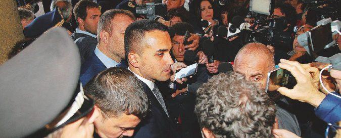 Di Maio torna a Taranto: per i comitati è un nemico