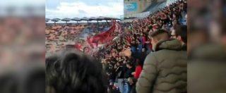Milan-Lazio, la curva rossonera risponde ai cori razzisti contro Bakayoko: le immagini dallo stadio