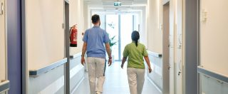 """Sanità, i medici stranieri vogliono andare via dall'Italia. Amsi: """"Aumentati del 25% quelli intenzionati a tornare a casa"""""""