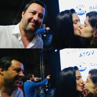 Si fingono fan di Salvini per chiedergli un selfie, ma poi le due ragazze si baciano: il gesto spiazza il ministro, che reagisce così