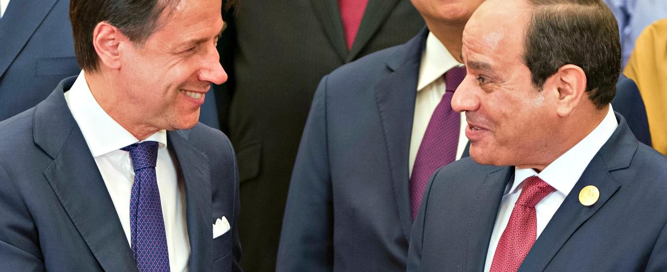 """Libia, Conte sente Al Sarraj: """"Nè con lui né con Haftar"""". A Pechino vedrà Putin. Minacciato l'ospedale di Misurata"""