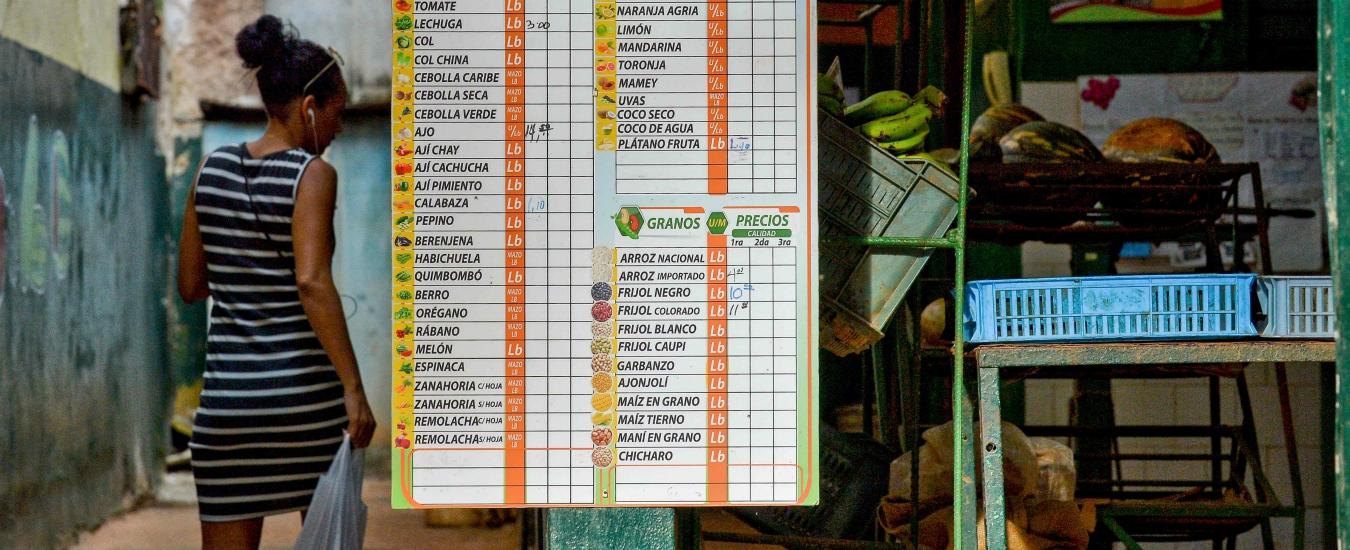 Cuba, tornano la bistecca di pompelmo e la carne di soia. E i meme deridono il regime