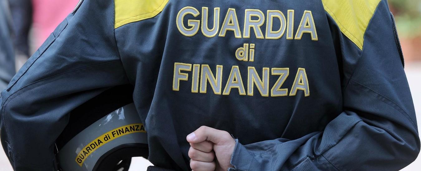 Cremona, truffe online su siti di vendite: 4 arresti, sequestrati 1,5 milioni di euro