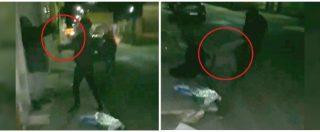 Manduria, pugni e calci all'anziano che poi viene trascinato in strada: nel video le violenze e le risate dei ragazzi indagati