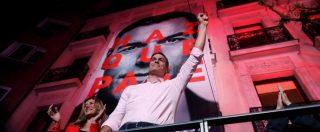 """Elezioni Spagna, vittoria del Psoe. Sánchez: """"Saremo governo pro-Ue"""". Serve l'alleanza, la piazza: """"Non con Ciudadanos"""""""