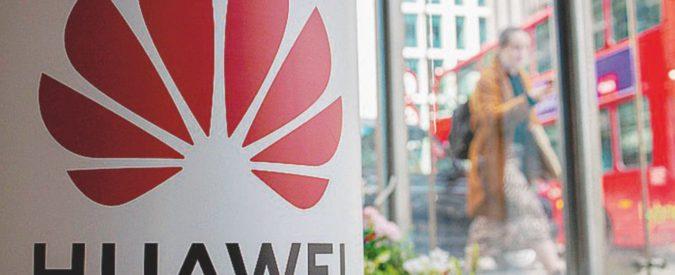 """Un altro colpo a Huawei: le accuse sulla """"backdoor"""""""