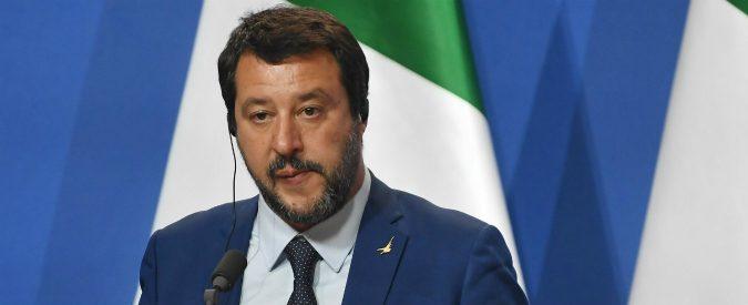 Salvini, forse l'uomo dei grembiuli non ha capito quali sono i veri problemi della scuola