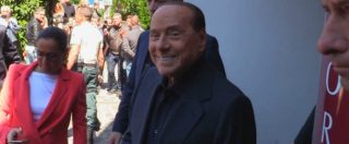 """Berlusconi esce dall'ospedale: """"Ho pensato di essere arrivato alla fine, ma eccomi qua"""". Poi attacca il governo"""