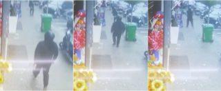 Napoli, le immagini dell'agguato dalle telecamere di sicurezza: il sicario estrae la pistola e spara
