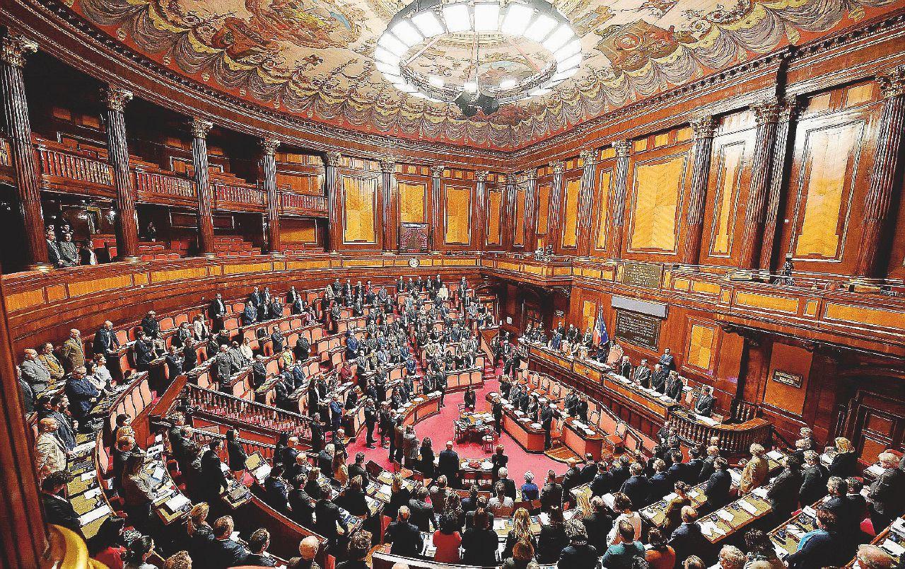 """Presenze e assenze in Parlamento, non solo Angelucci: Cerno, Brambilla e gli altri onorevoli """"desaparecidos"""""""