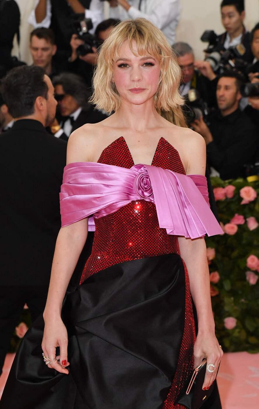 British actress Carey Mulligan arrives for the 2019 Met Gala )