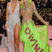 Singer/songwriter Jennifer Lopez (L) and designer Donatella Versace (R) arrive for the 2019 Met Gala