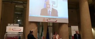 """Europee, Pd fa campagna con Moscovici. E Gentiloni lo difende: """"Non è il carnefice dell'Italia, è stato prezioso interlocutore"""""""