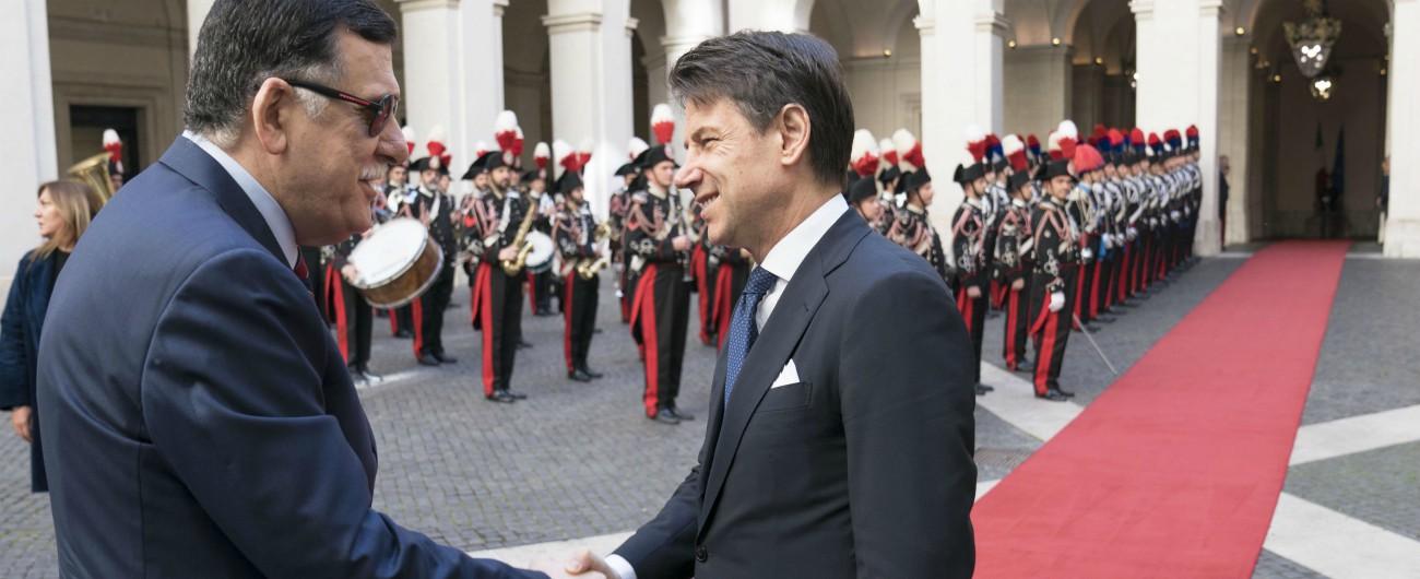 """Libia, incontro Conte-Sarraj: """"Italia ci sostenga in Europa"""". Haftar cattura pilota di Tripoli: """"È un portoghese"""""""
