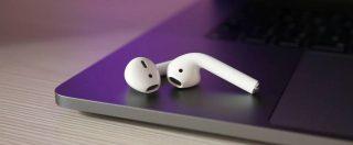 Cuffie Apple AirPods 2, integrazione software e autonomia di alto livello si fanno pagare