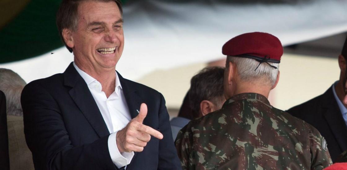 Brasile, più facile comprare armi. E anche i civili possono ottenere quelle da guerra usate da forze armate e polizia