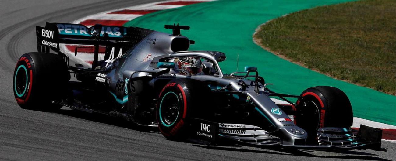 F1, Hamilton trionfa al Gp di Spagna, Bottas secondo e Ferrari quarta e quinta. Mercedes, quinta doppietta in 5 gare