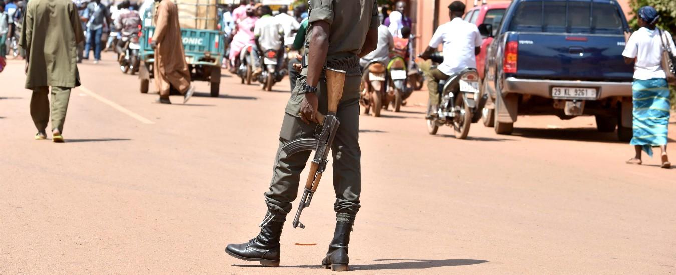 Burkina Faso, nuovo attacco jihadista a una chiesa cristiana: quattro morti. È il terzo nelle ultime due settimane